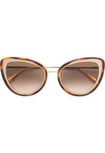 3585b7e1bb92d R  2868,00. Farfetch Alexander Mcqueen Eyewear Óculos De Sol Gatinho -  Dourado