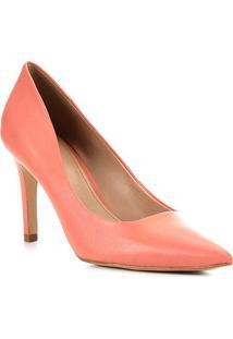 Scarpin Couro Shoestock Classic Salto Alto - Feminino-Coral