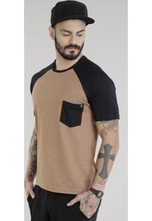 Camiseta Com Bolso Caramelo