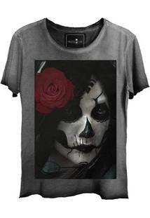 Camiseta Estonada Gola Canoa Corte A Fio Girl Dark