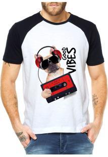 Camiseta Raglan Criativa Urbana Good Vibes Dog Retrô - Masculino-Branco