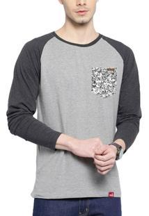 Camiseta Wevans Aplique Bolso Caveiras - Masculino