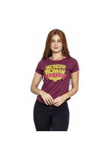 Camiseta Sideway Mulher Maravilha Logo - Vinho