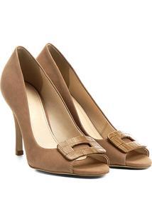 b322b65a3e025 R$ 89,90. Zattini Peep Toe Nobuck Couro Com Salto Shoestock Bege Fivela ...