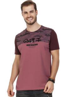 Camiseta Com Detalhe Em Foil Vermelho