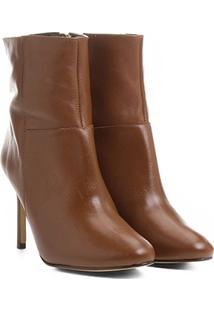 Bota Couro Shoestock Cano Curto Amendoada Feminina - Feminino-Caramelo