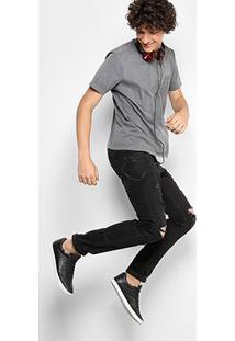 Camiseta Drezzup Estonada Com Bolso Listrado Masculina - Masculino-Cinza