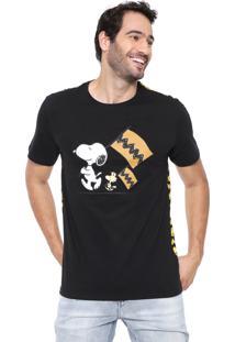 Camiseta Snoopy Manga Curta Flags Preta