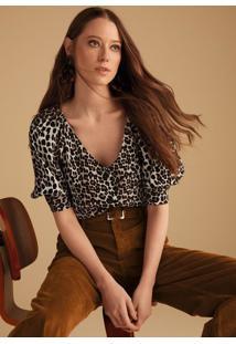 3a51faec7 Dzarm Web Store. Blusa Estampada Em Tecido Crepe Com Mangas Diferenciadas