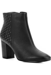 Bota Cano Curto Couro Shoestock Tachas Feminina - Feminino-Preto