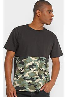 Camiseta Drezzup Color Blocking Camuflada Masculina - Masculino-Preto