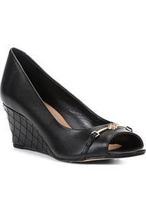 Peep Toe Couro Shoestock Anabela New Matelassê - Feminino-Preto