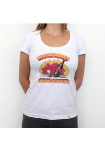 Half Full Glass Of Wine - Camiseta Clássica Feminina