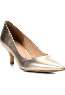 Scarpin Couro Shoestock Salto Baixo Metalizado - Feminino-Dourado