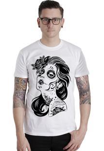 Camiseta Lucinoze Manga Curta Tattoo Girl Branca
