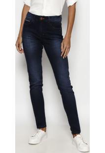 Jeans Skinny Estonado Bigodes & Bordado - Azul Escuro