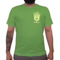 Cbf (Brasão Amarelo) - Camiseta Clássica Masculina 170c9df65ea5a