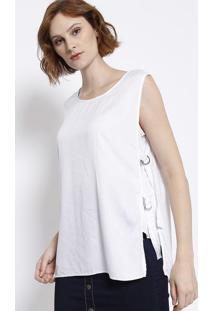 Blusa Maquinetada Com Fivelas - Branca - Malweemalwee