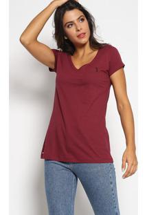 Camiseta Com Bordado - Vinho & Pretaaleatory