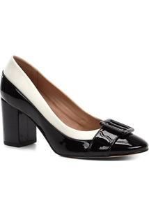 Scarpin Shoestock Salto Médio Verniz Fivela - Feminino-Preto+Off White
