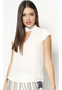Blusa Com Recorte Vazado & Botãµes - Off White- Moisemoisele