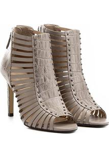 Sandália Couro Shoestock Salto Fino Cravinhos Feminina - Feminino