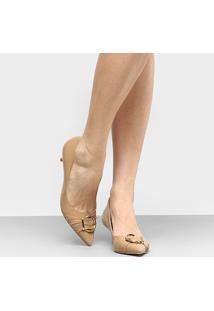Scarpin Shoestock Bico Fino Fivela - Feminino-Caramelo