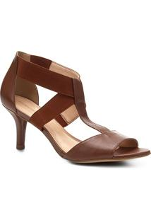 Sandália Shoestock Salto Fino Elásticos Feminina - Feminino-Caramelo