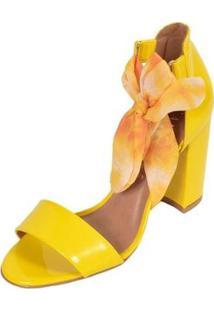 Sandália Camminare Salto Grosso Verniz Amarração Feminina - Feminino-Amarelo