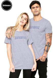 Camiseta Unissex Blind Love Manga Curta Matchflix Cinza