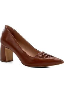 Scarpin Couro Shoestock Salto Médio Detalhe Macramê - Feminino-Caramelo