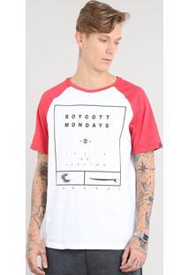 "Camiseta Masculina Raglan ""Boycott Mondays"" Manga Curta Gola Careca Branca"