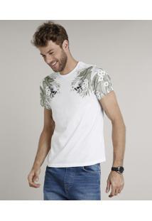 Camiseta Masculina Slim Fit Com Caveiras E Folhagens Manga Curta Gola Careca Branca