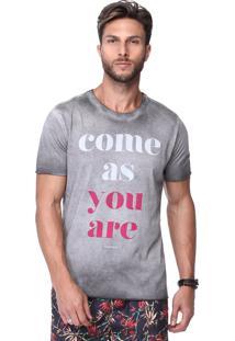 Camiseta Cinza King&Joe Diferenciada