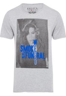 Camiseta Masculina Smoke Weed Amy - Cinza