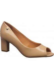 a71d0265a Lojas Adélia. Peep Toe Bege Metalizado Com Salto Vizzano Verniz Moderno  Sapato
