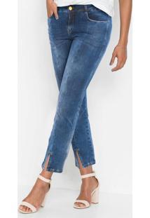 Calça Jeans Com Abertura Na Barra Azul Médio