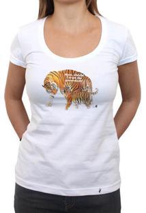 Mom, Should I Trust The Goverment? - Camiseta Clássica Feminina