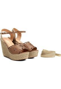 Sandália Plataforma Couro Shoestock Flor Tiras Feminina - Feminino