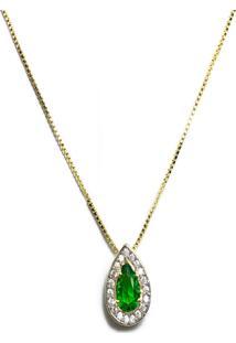 Pingente Gota Kumbayá Semijoia Banho De Ouro 18K Zircônia Verde Esmeralda Ao Centro E Cravação De 38 Zircônias Incolor Detalhe Em Ródio