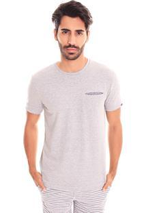 Camiseta Convicto Bolso Embutido Cinza Claro