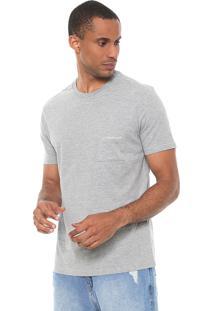 Camiseta Calvin Klein Jeans Com Bolso Cinza