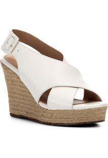 Sandália Anabela Shoestock Couro Tiras Cruzadas Feminina - Feminino-Branco