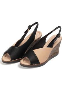 Sapato Piccadilly Chanel Anabela Alto Feminino - Feminino-Preto