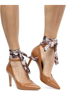 Scarpin Shoestock Salto Alto Lenço Pulseira - Feminino-Caramelo