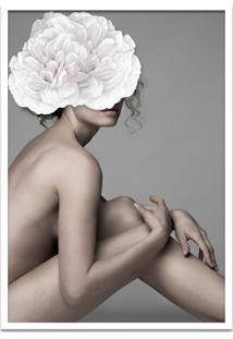 Quadro 60X90Cm Joana Mulher Com Flor Branca Nórdico Moldura Branca Com Vidro