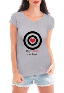 Camiseta Criativa Urbana Acerte Aqui Cupido Cinza - Kanui