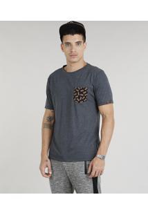 Camiseta Masculina Com Bolso Estampado De Abacaxi Manga Curta Gola Careca Cinza Mescla Escuro