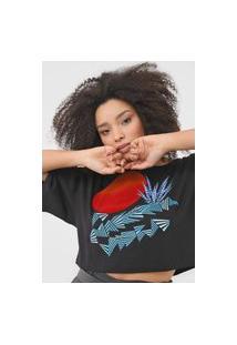 Camiseta Cropped Forum Estampada Preta