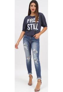 "Camiseta ""Free Still""- Azul Marinho & Branca- Tritonforum"